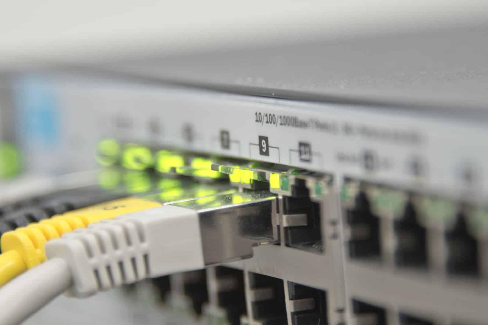 Instalaciones de redes informáticas cableadas y Wifi.