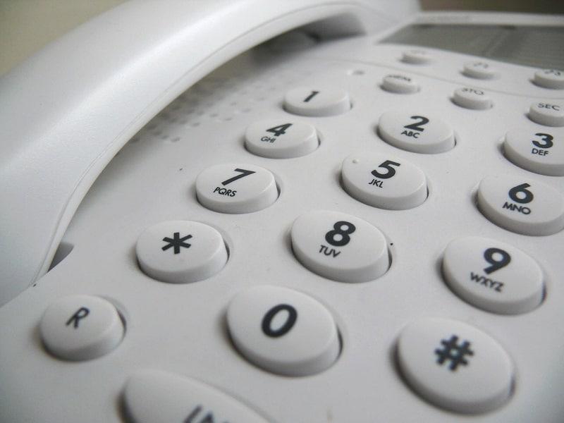 TELEFONO 800X600