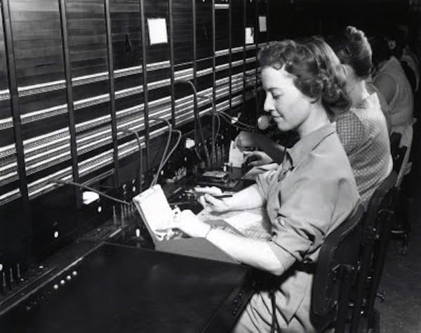 Venta y Mantenimiento de Centralitas de Telefonos y sistemas de comunicaciones